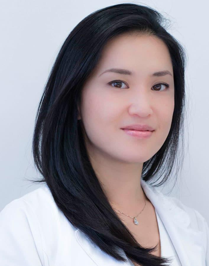 Dra. Claudia Tanabe